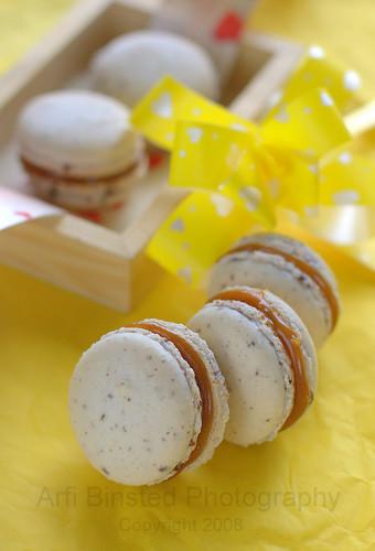 Caramel Fleur de sel Macarons