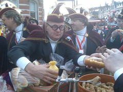 Rensz mit wurste (jessevandenberg) Tags: den sint carnaval bosch trier shertogenbosch oeteldonk hendrien dansmaris dansmaries rkdv dansmari ganzlidl