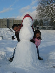 Habis bikin snowman (dezw) Tags: dec2008