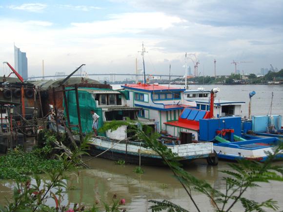 Looking towards Bangkok form Prah Pradaeng