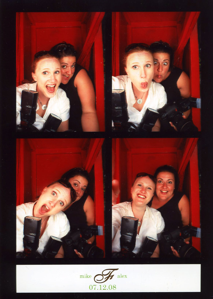 Chelsea & Araxi Photobooth