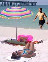 Viviane Brazil and her Lover Barack Obama (shiny little things) Tags: show family shirtless brazil vacation ford love beach hawaii lawrence marin president tommy wife lover obama inauguration viviane barack inaugurationpreparation
