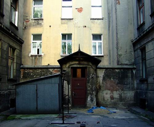 Lodzer back yard / Łódzkie Podworko
