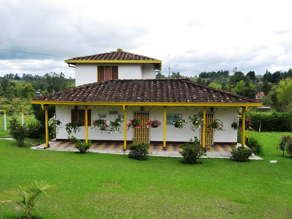 The world 39 s best photos of guarne and rural flickr hive mind for Disenos de casas de campo