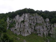Gra Koronna (magro_kr) Tags: mountain nature rock poland polska natura mount jura valley dolina gora skala malopolska przyroda maopolska gra ojcow maopolskie malopolskie skaa ojcw szlakorlichgniazd eaglesneststrail