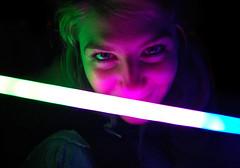 Best smile ever! (Mario Munera) Tags: girl smile mario sword laser darkside ladooscuro munera mariomunera