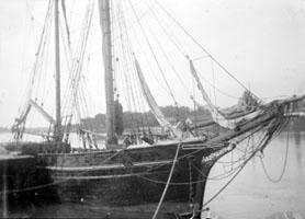 Dans le port de Bayonne, octobre 1897