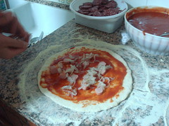 Pizza pronta da condire...