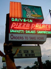 Zagnut hits Knoxville's Pizza Palace