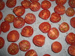 Cherry tomatoes, ready for roasting