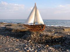 Sailing boat (Dr. ftwood) Tags: sea sun beach strand turkey sand unique driftwood alanya treibholz yalos driftwoodart