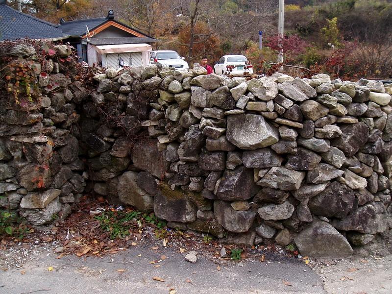 Stone fence(2)