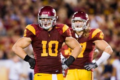 Brian Cushing and Clay Matthews (Eric Wolfe) Tags: california usa college sports berkeley losangeles football unitedstates cal coliseum universityofsoutherncalifornia ncaa usctrojans pac10 californiabears briancushing claymatthews original:filename=20081108248jpg