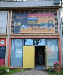 Biohof Bisdamitz-46 (augschburger) Tags: germany deutschland events urlaub iso rgen f28 locations 2007 canondigitalixus400 rgen augschburger rgenurlaub2007 rgenurlaub2007 sek rgen rgenurlaub2007 focallenght741 bisdamiz