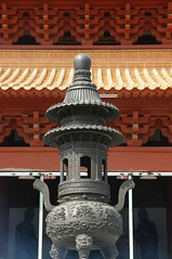 Zhuhai - Putuo Temple (cnmark) Tags: china roof orange detail art architecture bronze geotagged temple background traditional si style beam ornament guangdong  burner cauldron zhuhai incense pu bearing tuo   putuo  allrightsreserved theunforgettablepictures theperfectphotographer geo:lat=22318076 geo:lon=113522694