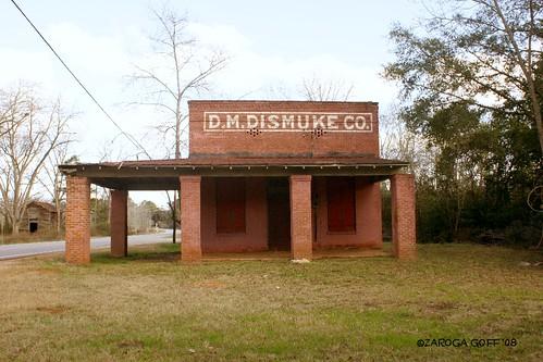 D. M. Dismuke Co.