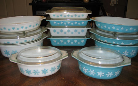 Pyrex Turquoise Snowflake Set