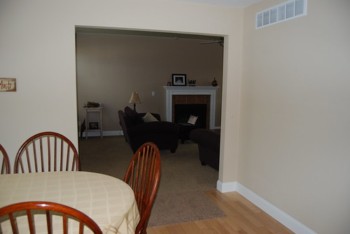 kitchen into living roomDSC_9071