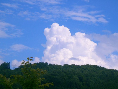 Summer clouds - natsugumo