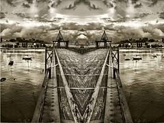 El malecon (Fernando Rey) Tags: bridge sea sky sepia port boats puerto puente mar double cielo barcas soe hdr doble lucis astillero monocrhome elastillero