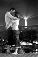 Le baiser dpont des arts. Modern Robert Doisneau. (ter551) Tags: bridge boy summer bw woman white man black paris france love girl beautiful beauty night kiss kissing couple capital eiffeltower romance lovers romantic pontdesarts robertdoisneau tourdeiffel
