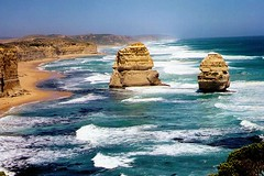 Great Ocean Road, Victoria, Australia (Lao Wu Zei) Tags: travel nature coast scenery photos australia victoria greatoceanroad twelveapostles favourite   50views  enstantane worldtrekker allfavouritephotos