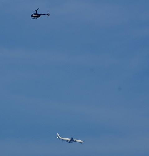 helicopter en vliegtuig