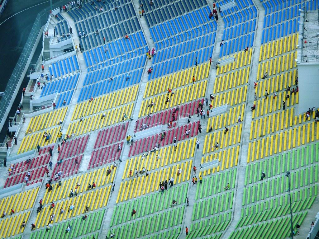 Grandstand Colour