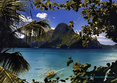 El Nido, Philippines (Mark William Brunner) Tags: travel blue water canon island boat pretty postcard philippines beautifulbeach elnido palawan mostbeautifulplaceintheworld markbrunner 100commentgroup pcp2011uwc