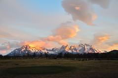 Torres del Paine massif with sunrise, Chile (sbvon) Tags: chile voyage travel patagonia mountain latinamerica southamerica montagne sunrise chili torresdelpaine horn patagonie d300 amériquedusud amériquelatine corne cuernosdelpaine levédusoleil 18200afsdxvrf3556 massifpaine painemountain