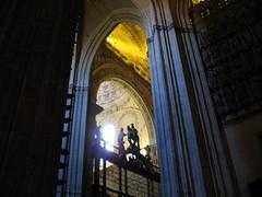 Cathedral (Graça Vargas) Tags: españa canon sevilla spain cathedral ph227 graçavargas ©2008graçavargasallrightsreserved 3003210109