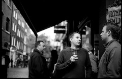 (giuli@) Tags: uk england blackandwhite bw london film analog geotagged 50mm lenstagged pub drinking 1600 saturdaynight coventgarden neopan neopan1600 londra zuiko inghilterra olympusom10 fujineopan1600 blackandwhitefilm fujineopan sabatosera zuiko50mmf18 giuliarossaphoto bnvitadistrada bnpersone quickcollection noawardsplease geo:lon=0125967 nolargebannersplease geo:lat=51513439