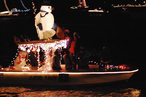 boat christmas parade 12