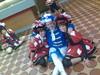 Trier08 Jeroentje in t midden (jessevandenberg) Tags: den sint carnaval bosch trier shertogenbosch oeteldonk hendrien dansmaris dansmaries rkdv dansmari ganzlidl