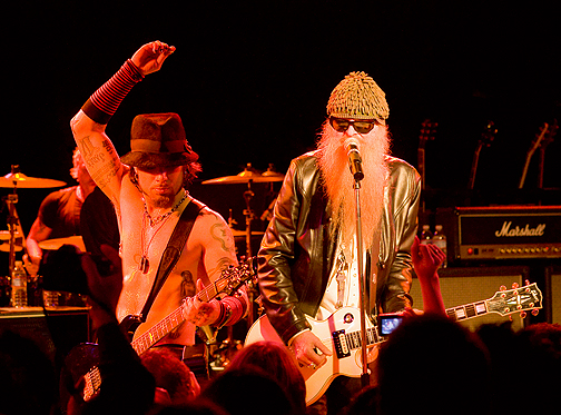 Dave Navarro/Billy Gibbons 12/16