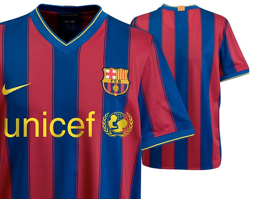 Barcelona 2009/10 home shirt detail