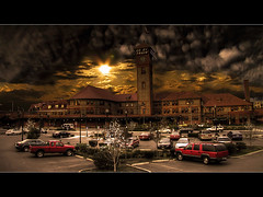 Sunset at Union Station (David Gn Photography) Tags: sunset oregon portland railway explore trainstation pdx unionstation frontpage hdr interestingness2 photomatix amtraktrain canonpowershotsx1is explore22jul09