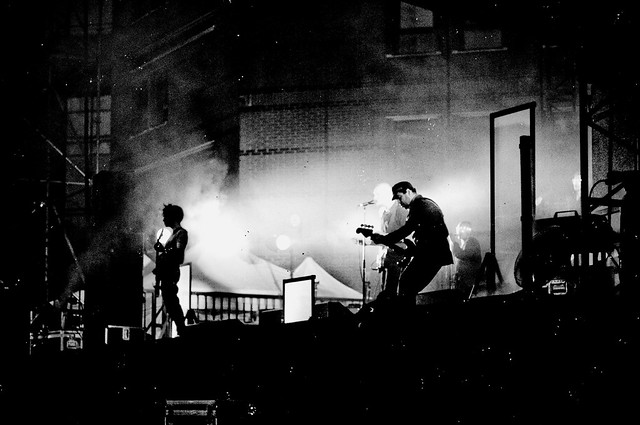 Evry Daily Photo - Fete de la Musique Evry 2011 - Concert Gaetan Roussel