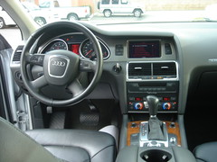 DSC05446 (euromotor-gallery) Tags: audi 2007 q7
