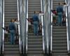 (Diego Epstein) Tags: argentina buenosaires nikon metro d70s stairway escalera subte subterraneo nikkor triptico 70300 lineah trilogias safaribasubtesii