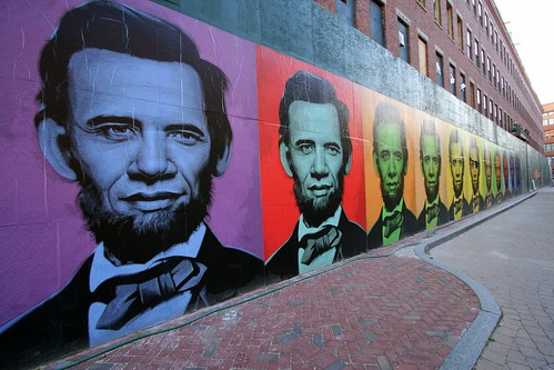 Lincoln/Obama in the streets of Boston in the Commonwealth of Massachusetts in those United States of America
