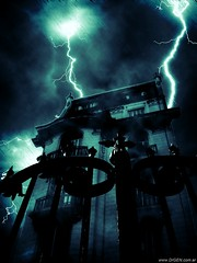 Adams Family House (DrGEN) Tags: santa old family house santafe building argentina familia night photoshop noche casa crazy gate adams edificio harry potter gimp ps rosario horror terror corrientes fe uc mad viejo miedo retocada ceres locos fotomontaje tucuman rayos trucada verja thunders photofiltre wpblog golddragon drgen impressivemood peachofashot atqueartificia photoartbloggroup