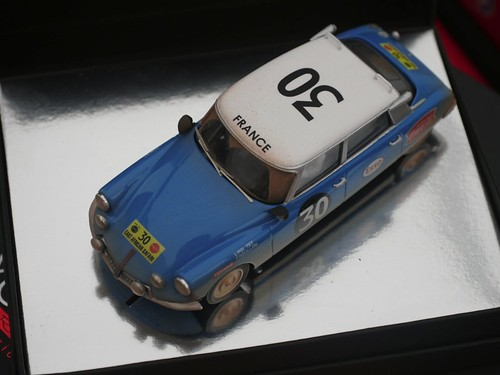 Hobby Classic CL-15 DS 19 Safari Rally 1965 Lucette Pointet y Françoise Houillon (by delfi_r)