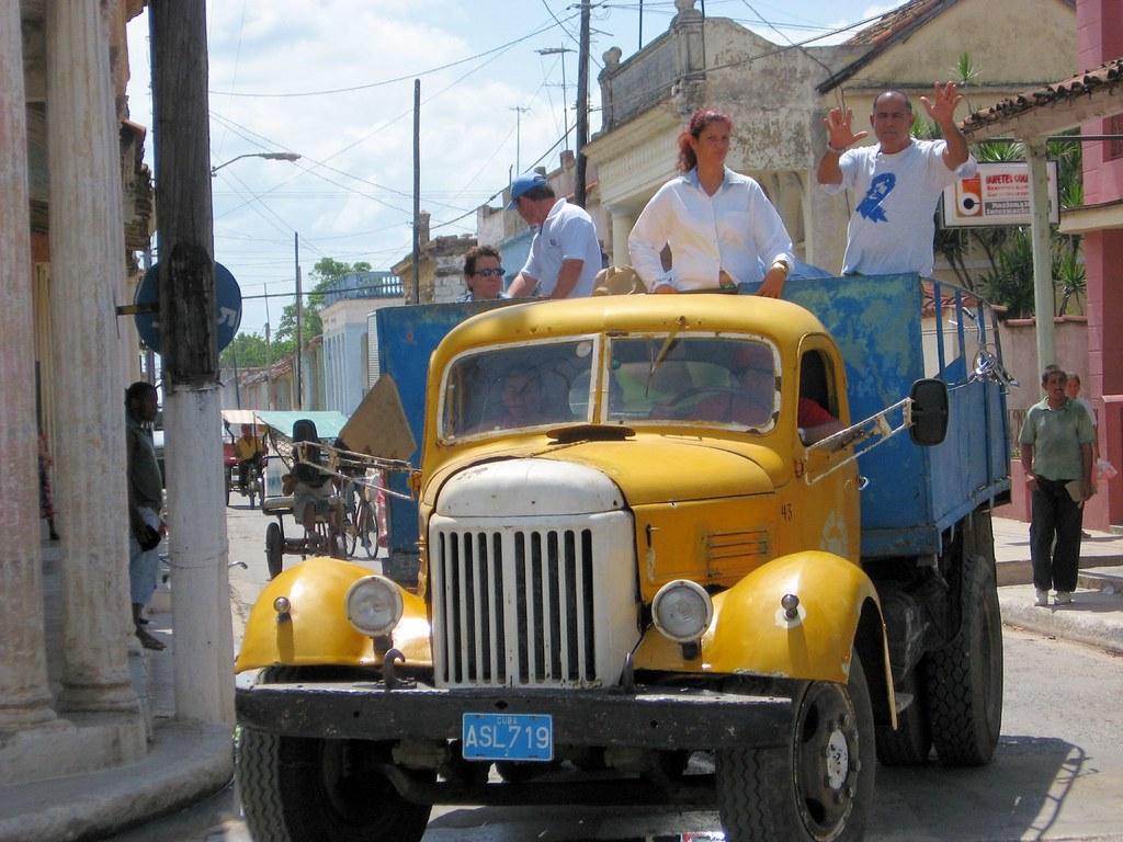 Cuba: fotos del acontecer diario 2708043756_2097657d50_b