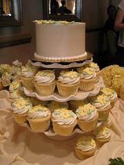 Wedding (cup)cake