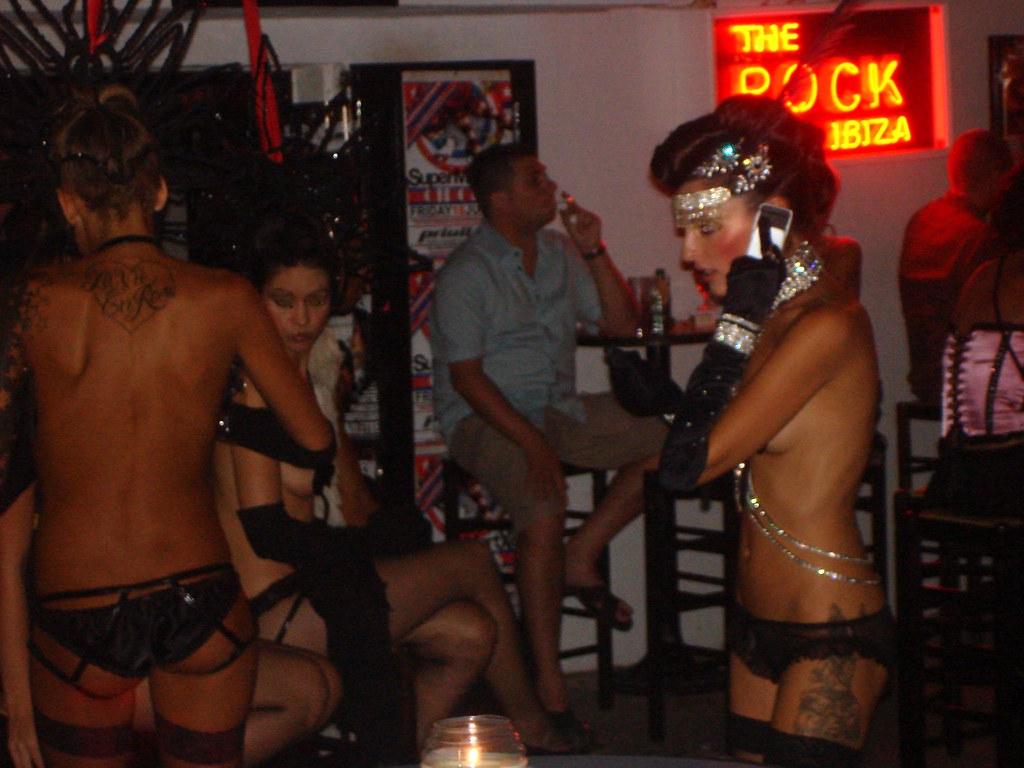 naked hot black girl body