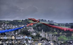 Red Arrows At Fowey Regatta 2008 #2 (_ justintheframe_) Tags: red nikon cornwall arrows fowey redarrows tonemapped rafredarrows d40x