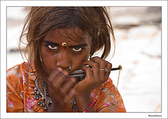 Jaisalmer, angry eyes (**luisa**) Tags: woman india girl children asia tribe ethnic jaisalmer rajasthan theface photographia fivestarsgallery nikond80 luisapuccini