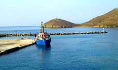 Tinos island (ptg1975) Tags: blue sea colors port island aegean hellas greece tinos μπλε ελλάδα θάλασσα νησί λιμάνι αιγαίο χρώματα τήνοσ πέλαγοσ