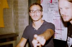 Julian, Flox (Christian Pitschl) Tags: slr film analog canon lens 50mm small 200 vista format asa agfa ssc 114 fd av1 1450 spiegelreflex 24x36 f50mm agfaphoto kleinbild 1450mm brennweite